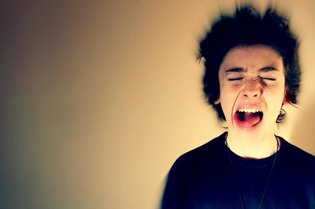 jak stres może wpływać na nasz wygląd i jak sobie z tym radzić