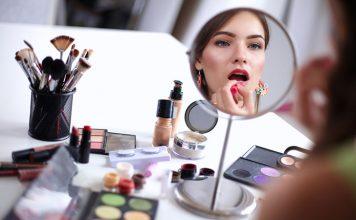 Kosmetyczki idealne na podróż i nie tylko