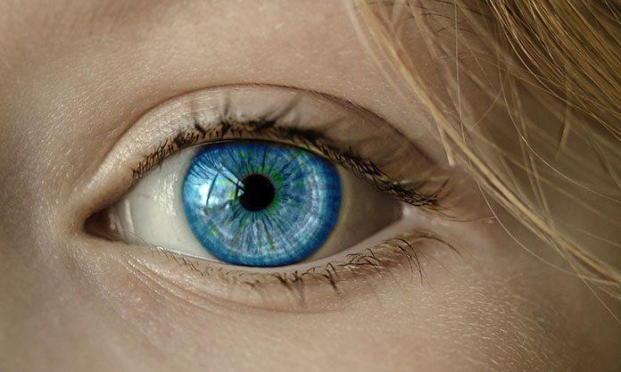Jak znaleźć efektowne i wysokiej jakości czarne soczewki?