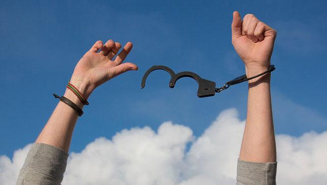 odwyk alkoholowy pomaga odzyskać wolność od uzależnienia
