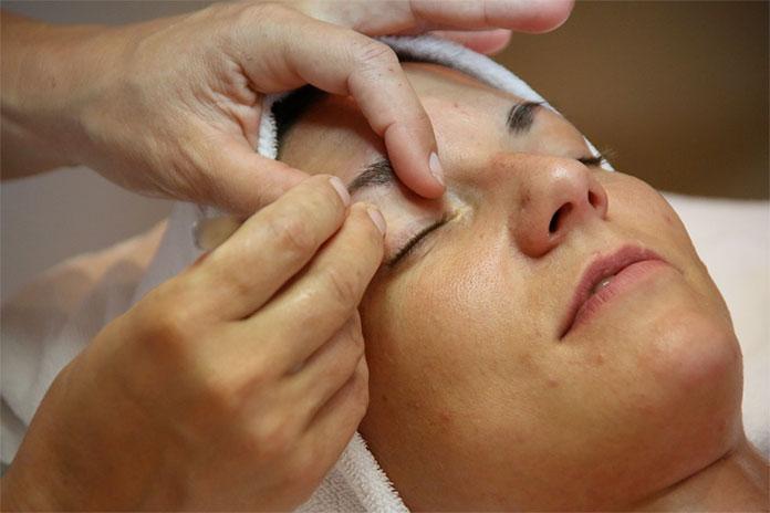 wizyta u specjalisty dermatologa