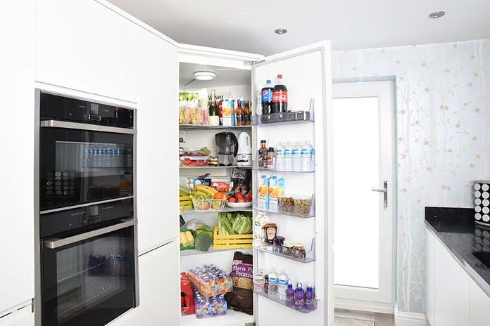 Jaką lodówkę do domu najlepiej wybrać? Porady przy zakupie i ranking  najlepszych lodówek | Bomi.pl