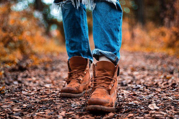 Trzewiki – jakie to buty i z czym je łączyć