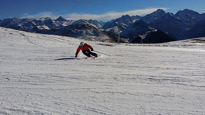 Co wyróżnia narty Nordica? Parametry najlepszych modeli producenta