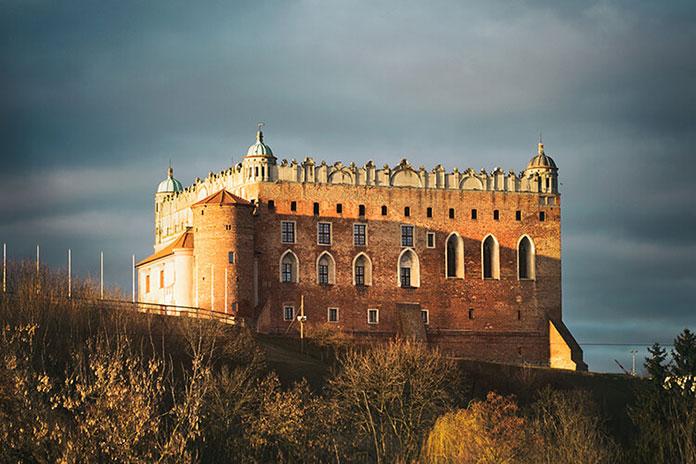 zamek golub dobrzyn